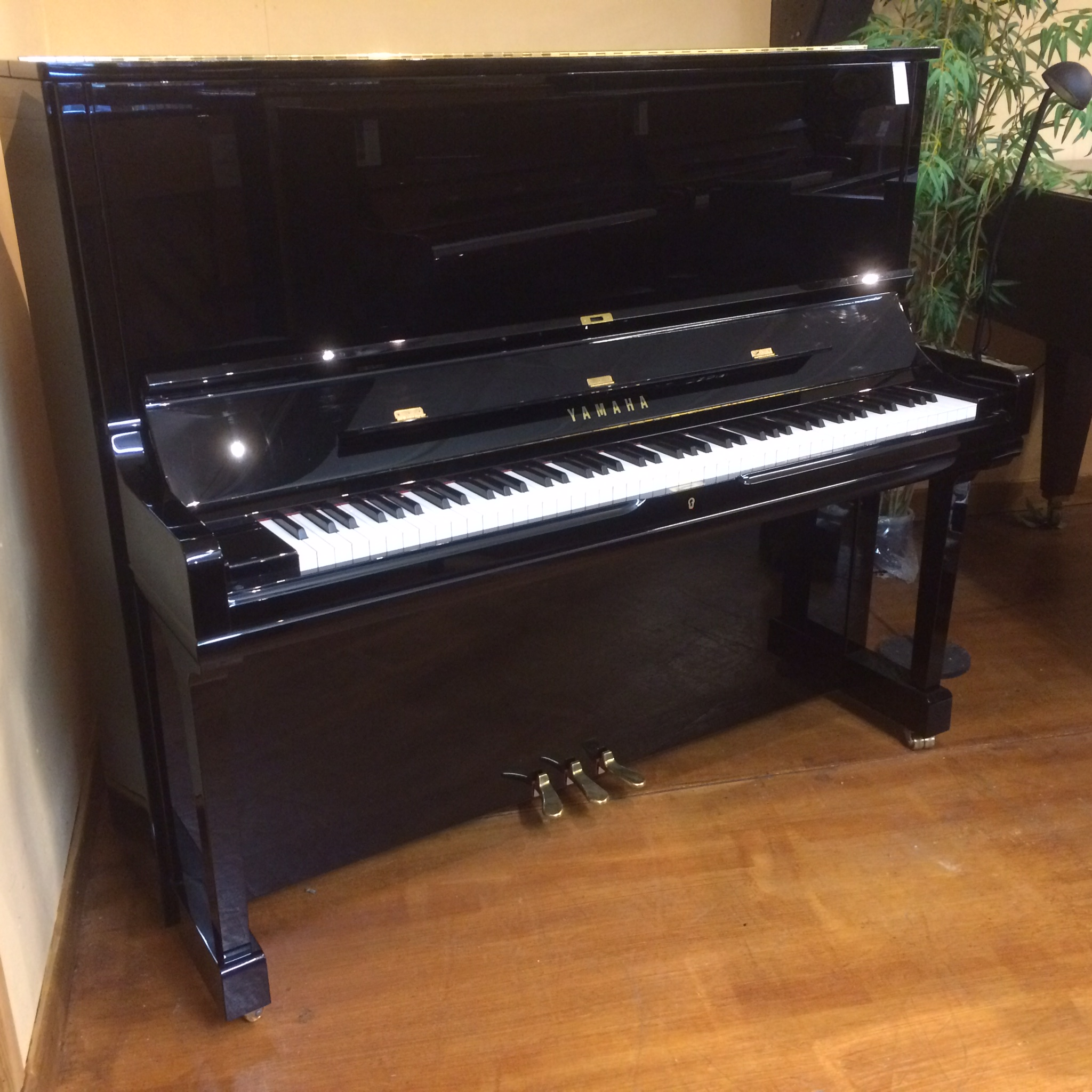 Yamaha yus3 vale pianos vale pianos for Yamaha piano los angeles